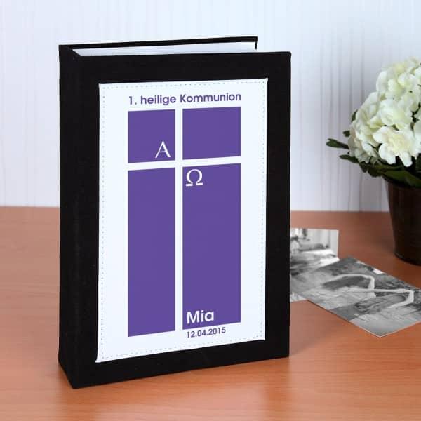 Personalisiertes Fotoalbun zur Kommunion in Lila mit Name und Datum
