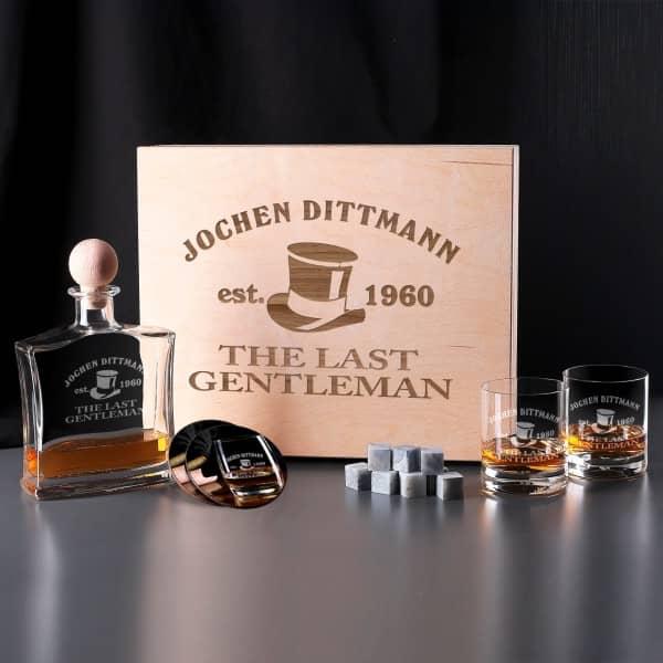 whiskyflasche whiskysteine und gl ser im set. Black Bedroom Furniture Sets. Home Design Ideas