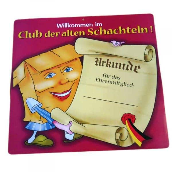 """Riesiges Schild """"Willkommen im Club der alten Schachteln!"""""""
