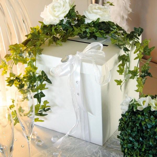 Briefbox in weiß