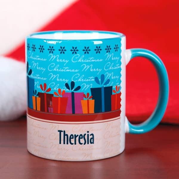 Persönliche Weihnachtstasse mit Geschenken