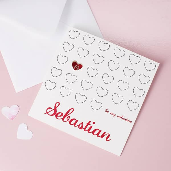 Klappkarte be my valentine mit Name und ausgestanztem Herz
