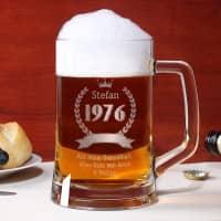 Bierglas mit Name, Geburtsjahr und Wunschtext