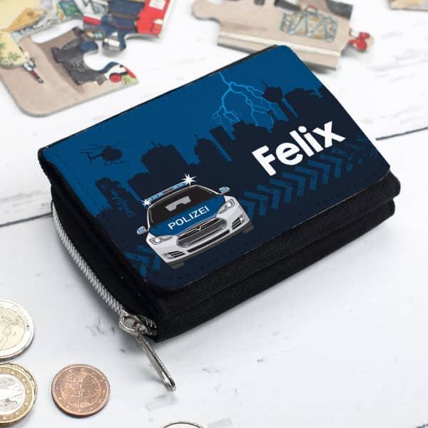 Geldbörse für Kinder mit Polizeiautomotiv und dem Namen des Besitzers