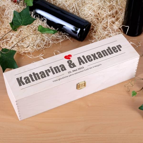 Flaschenverpackung aus Holz mit Druck zur Hochzeit