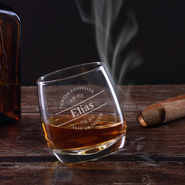 Echt schräges Whiskyglas für echte Geniesser mit Wunschname graviert