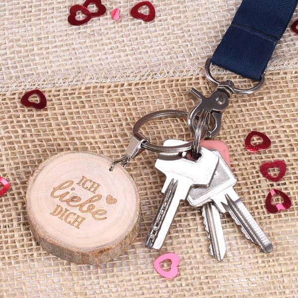 Schlüsselanhänger Holzscheibe - Ich liebe Dich - Valentinstag Geschenke für Männer