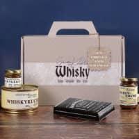 Mit Whisky verfeinerte Köstlichkeiten verpackt im handlichen Whiskykoffer mit Grußtext bedruckt