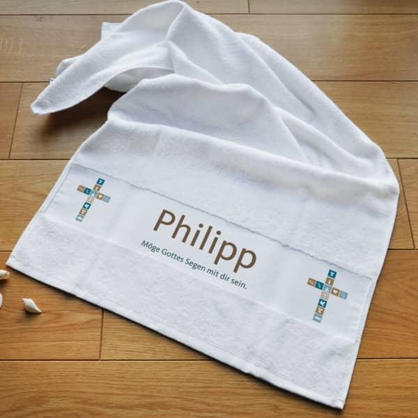 Handtuch für Jungen zur Taufe, Kommunion, Konfirmation mit Name und Segenswunsch bedruckt