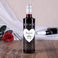Kleine Bree Weinflasche mit persönlichem Etikett zum Valentinstag oder zur Hochzeit