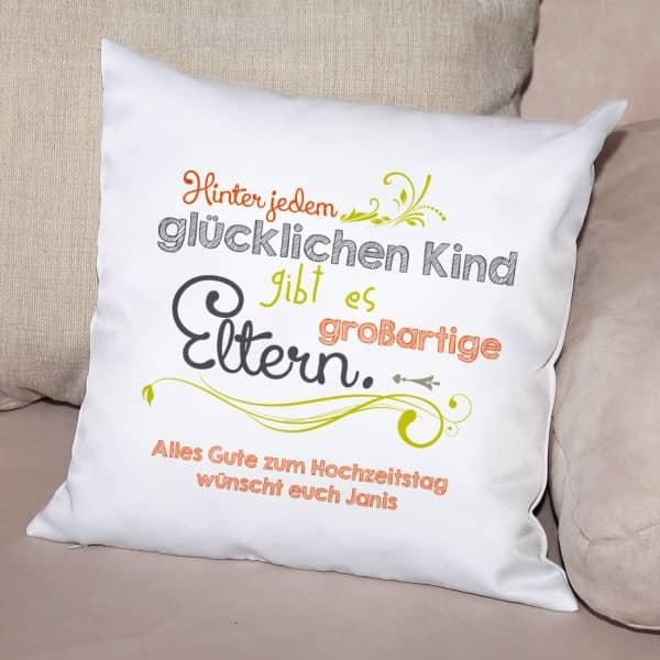 kissen als besonderes geschenk f r eltern mit pers nlichem gru bedruckt. Black Bedroom Furniture Sets. Home Design Ideas
