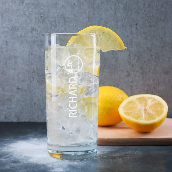 Trinkglas mit Gravur für Angler