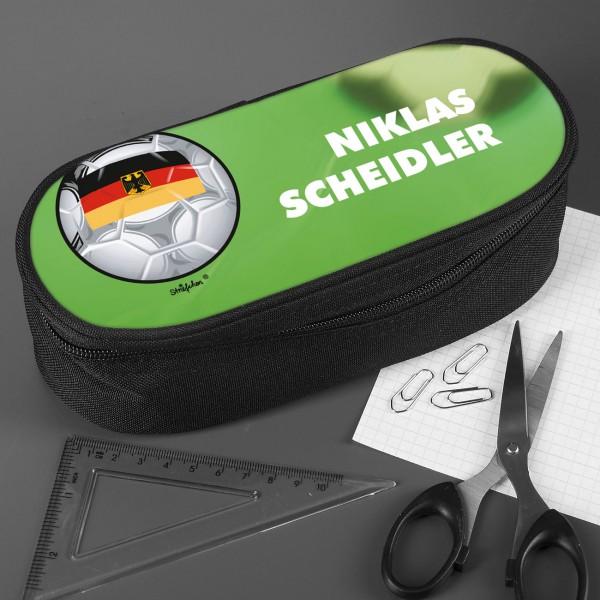 Stiftebox mit Wunschname und Fußball