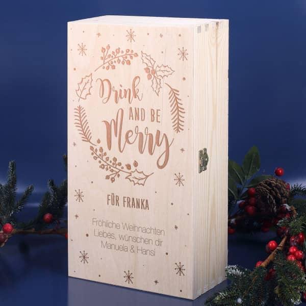 """Holzbox mit persönlicher Gravur und """"Drink and be Merry"""" Motiv"""