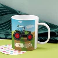 Bruchfeste Kindertasse mit grünem Traktor und Name
