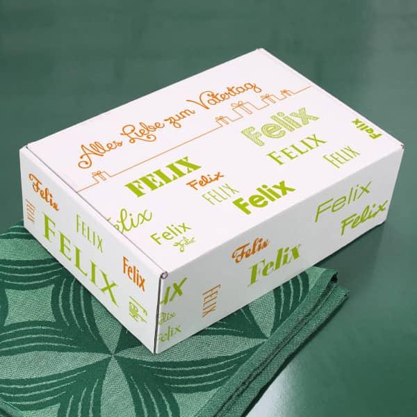 Geschenkbox für viele Anlässe mit Name in verschiedenen Schriftarten - hellgrün