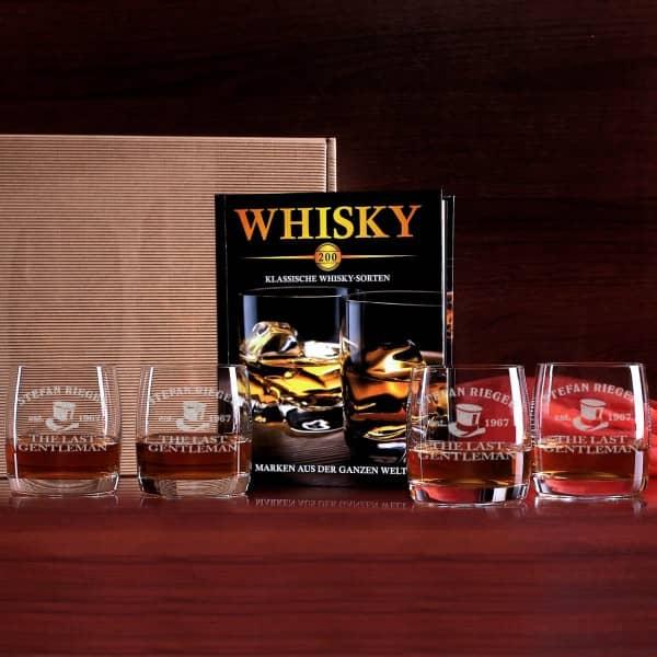 Set besteht aus 4 gravierten Gläsern und einem Whiskybuch