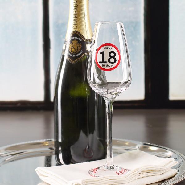 Sektglas zum 18. Geburtstag