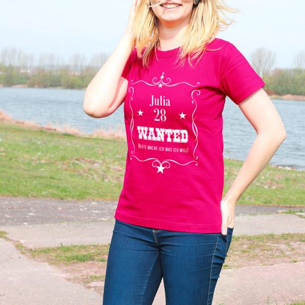 Wanted T-Shirt zum Geburtstag in Pink
