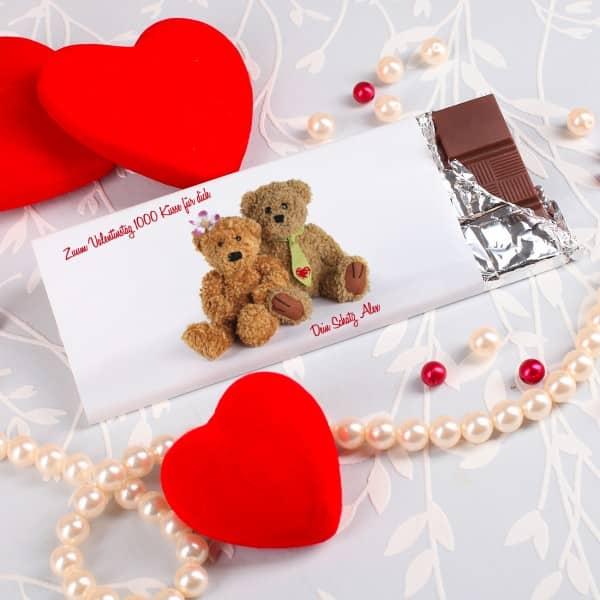 Vollmilchschokolade mit 2 Teddys und Ihren Wunschtext