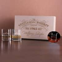 Whisky-Set in gravierter Holzkiste inkl. Gläser und Untersetzer