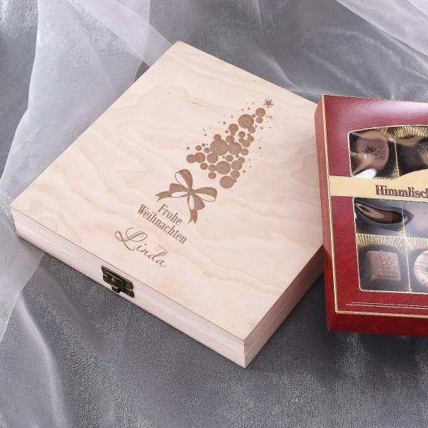 Pralinen-Variationen in edler Holzbox mit Wunschnamen