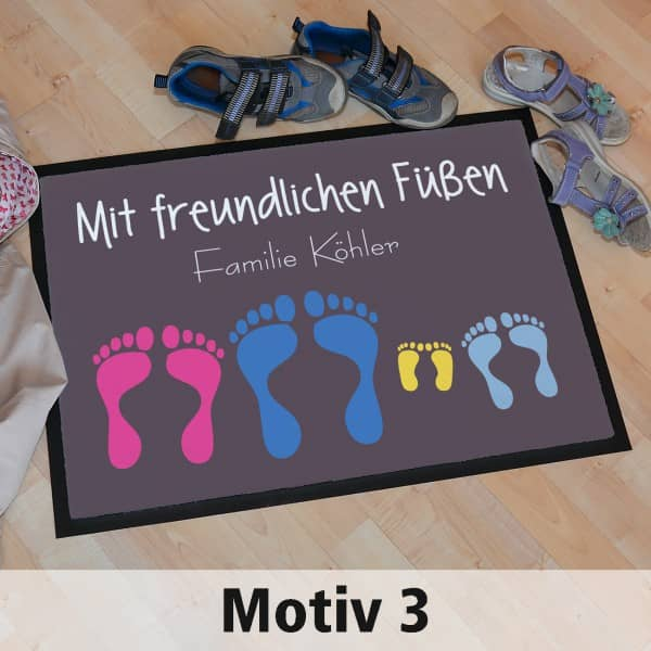 Fussmatte mit freundlichen Füßen mit bunten Fußabdrücken