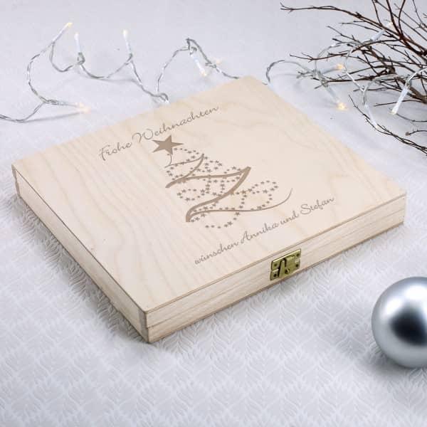 Persönlich gravierte Holzbox als Geldgeschenk zu Weihnachten