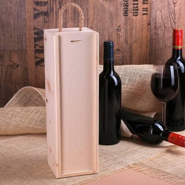 Flaschenverpackung aus Holz mit Schiebedeckel und Henkel