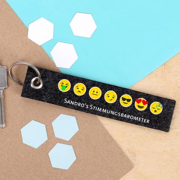 Schlüsselanhänger mit Emoticons und Wunschtext