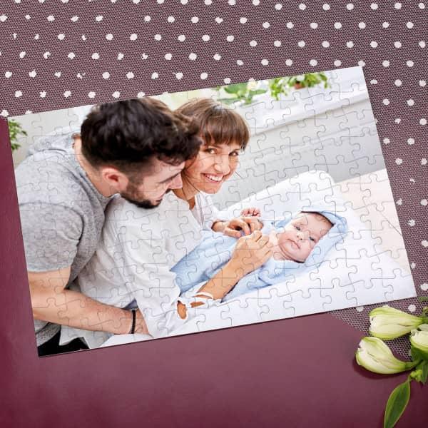 Fotopuzzle zum Muttertag oder Vatertag mit süßem Babybild