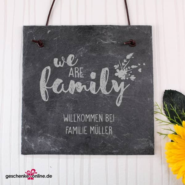 "Schieferplatte mit Gravur ""we are family"""