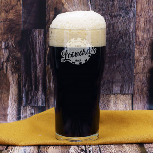 Pint Bierglas mit Gravur von Name