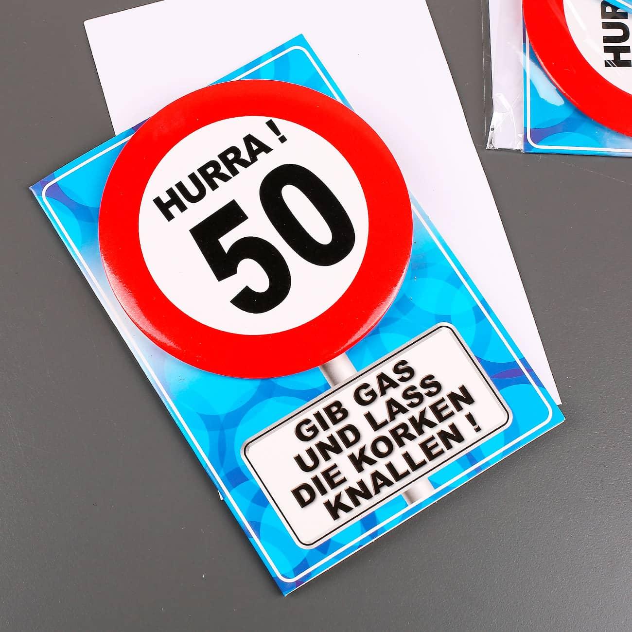 verkehrszeichen gl ckwunschkarte mit button zum 50. Black Bedroom Furniture Sets. Home Design Ideas