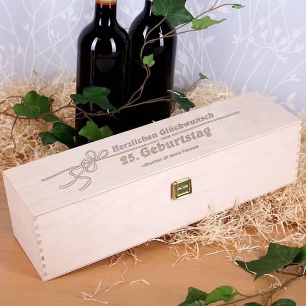 Holzbox mit persönlicher Gravur zum Geburtstag