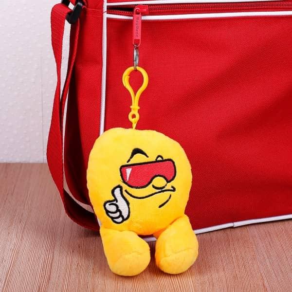 Cooler Emoticon-Schlüsselanhänger in XL