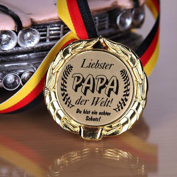 Orden am Bande Liebster Papa der Welt!