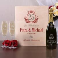 Edles Champagner Geschenkset zur Silberhochzeit mit Namen und Datum