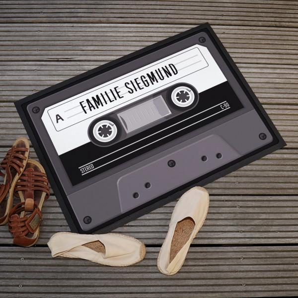 Fußmatte mit Kassette und Ihrem Wunschtext