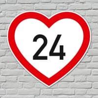 Herzförmiges PVC-Schild mit Wunschalter zum Geburtstag
