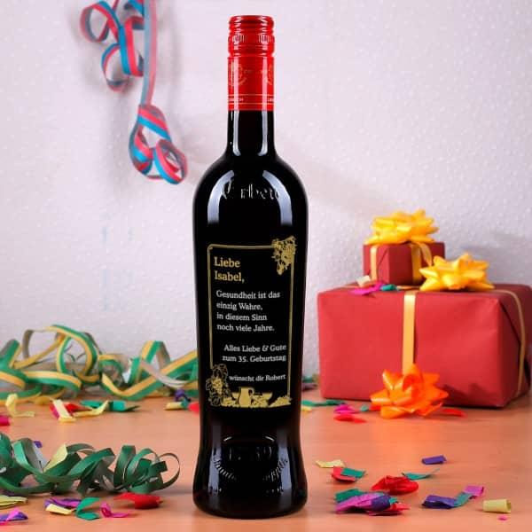 Gravierte Weinflasche zum Geburtstag mit Trauben Motiv