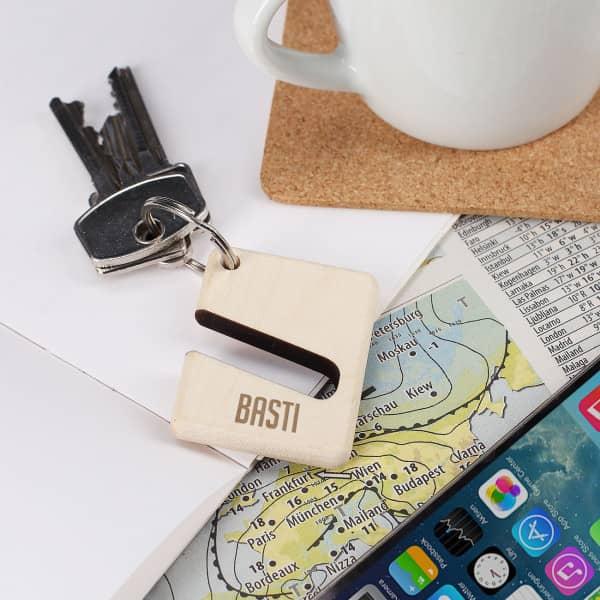 Handyhalter als Schlüsselanhänger mit Namensgravur