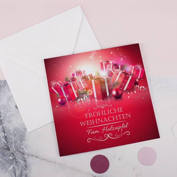 Quadratische Weihnachtskarte mit Wunschnamen und Briefumschlag