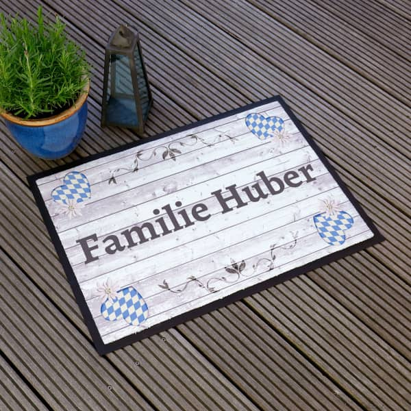 Fußmatte im bayrischen Look mit Ihrem Wunschtext