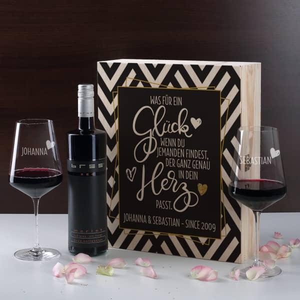 Geschenkset zum Valentinstag mit Rotwein
