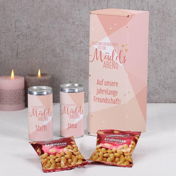 Mädelsabendset - 2 Seccodosen und Erdnüsse in Geschenkverpackung