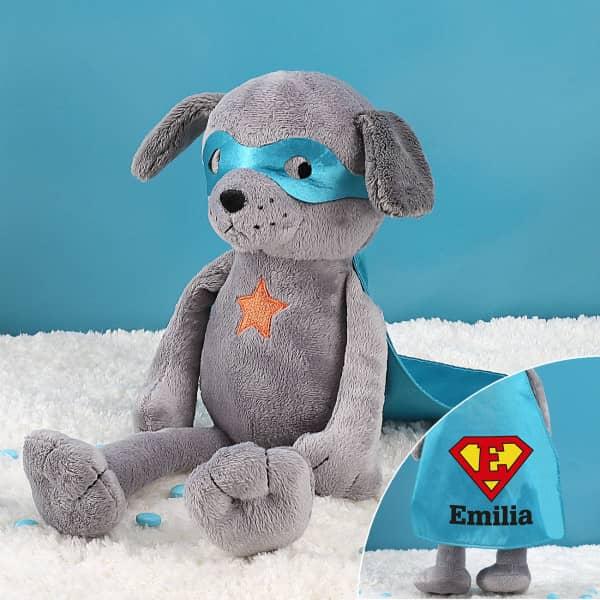 Superhund Kuscheltier mit Ihrem Wunschnamen und Initial auf dem Cape