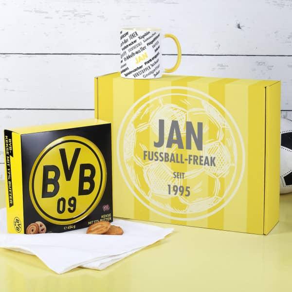 Ausgefallenspezielles - Geschenkset für einen gemütlichen Fußball Nachmittag mit bedruckter Kaffeetas... - Onlineshop Geschenke online.de