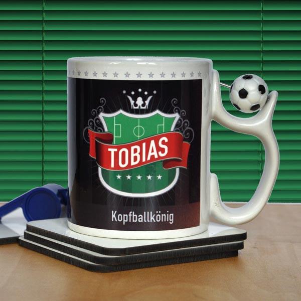 Fußballtasse mit Stadionmotiv, Namen und Wunschzeile