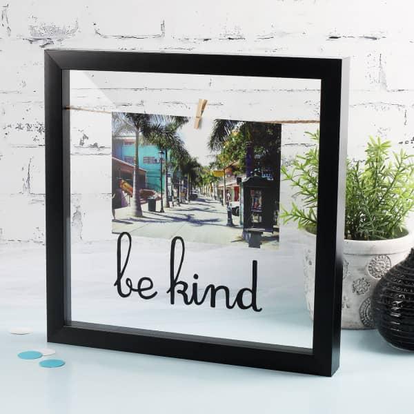 Be Kind - Bilderrahmen in schwarz